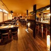 ラクレットチーズ&肉バル LODGE ロッジ 大宮店の雰囲気3