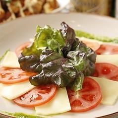 料理メニュー写真◆チーズとトマトのカプレーゼ◆
