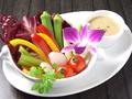 料理メニュー写真彩り野菜のプチバーニャカウダ