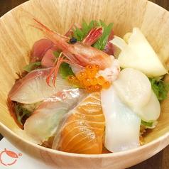 海鮮丼とアレ どらねこの写真