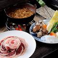 料理メニュー写真【ぼたん鍋コース】冬にもおススメ。こだわりのぼたん(猪)鍋をお楽しみください。