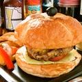 料理メニュー写真F+バーガー