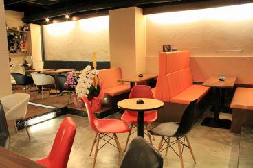 Cafe&Bar Lounge Sii シーの雰囲気1