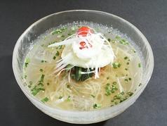 料理メニュー写真ぱんが冷麺/ピビン冷麺