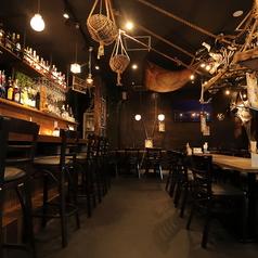 他にはない雰囲気が楽しめるカリビアンカフェ♪人数に合わせたお席を豊富にご用意しております!
