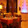 20名から30名様用のパーティールーム。他フロアとはお洒落な柱で仕切られており、プライベートな空間を演出できます。