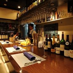 デート使いにも◎のカウンター席☆ソムリエがお料理とワインのマリアージュをご提案致します。