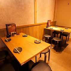 《仲の良いご友人とのお食事に》格安の鶏料理専門店で、こだわりの水炊きや焼き鳥を堪能!水炊き1人前980円、焼き鳥は99円~ご用意しています!