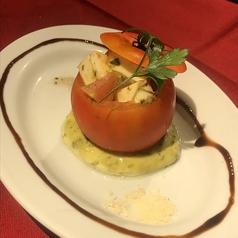 料理メニュー写真トマトのまるごとカプレーゼ