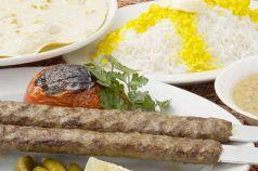 料理メニュー写真ケバブクビデセット(ライス、スープ付き)