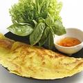 料理メニュー写真海老と豚肉のバインセオ