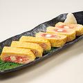 料理メニュー写真明太チーズの出汁巻き玉子