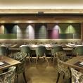 広々とした空間とゆったりしたお席は、すべてのひとのこころとからだを癒すビュッフェレストランです。