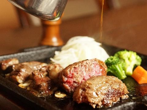 宮崎黒毛和牛100%使用し肉本来の味が輝る霜降りハンバーグ【ディナ-最大20%off】