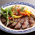 料理メニュー写真牛サーロインのステーキ シャビアンソース