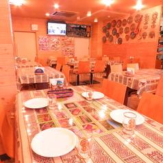 【女子会やママ会に♪】異国の雰囲気に溢れる店内は現地で調達した民芸品や織物、テーブルクロスなど、店内はペルー一色♪2時間飲み放題付きコースは4200円~、お料理のみのコースは2100円~♪一味違った女子会&ママ会を♪