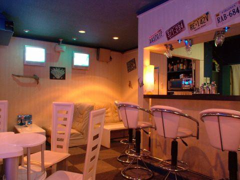 Bar Triton|店舗イメージ2