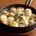 料理メニュー写真小海老とマッシュルームのアヒージョ