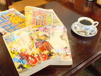 新聞や漫画も多数そろえております。