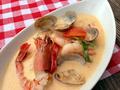 料理メニュー写真海鮮ココナッツミルクスープ