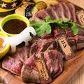 料理メニュー写真特選馬肉ステーキ盛り合わせ 約200g
