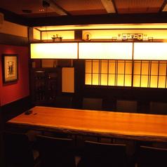 8名様用個室やテーブル席など、心温まる和モダン空間をご用意致します。
