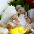 料理メニュー写真下津井産タコの自家製タコワサ