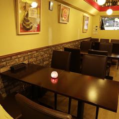 2名から6名様用のお席もご用意がありますのでデートや接待利用にもオススメしております。