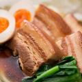 料理メニュー写真沖縄産 やんばる豚のラフテー 煮卵を添えて