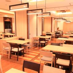 こうらく 季膳房 Koraku KIZENBOU 美味しい鮪と鍋の店の雰囲気1