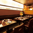 簾で仕切られたテーブル席は4名様~最大12名様まで対応!各種宴会にオススメのお席です♪