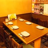【テーブル6名席】4名前後でご来店の際はこちらで!ゆったりと座れます。