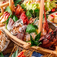 三崎港直送の鮮魚と伊勢海老や鮑などの新鮮な海鮮魚介類