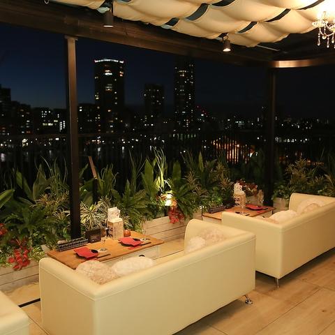 ☆上野で夜景といえば☆バリのリゾートを思わせる当店人気No.1の展望テラス席
