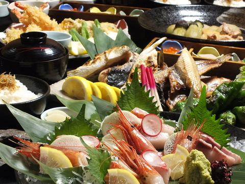 古き良き京都を感じながら。季節感あふれるお料理と美酒に、心も身体もほっこりと◎