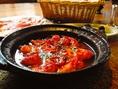 えびのアヒージョです。えびのうまみが溶け込んだオイルをバゲットにつけて召し上がれ。