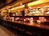 博多麺房 赤のれん 丸ビルの雰囲気2