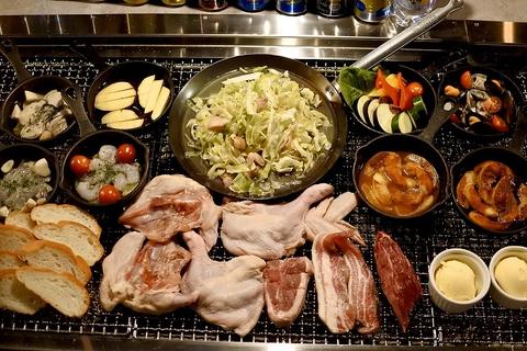 BABEQO自慢のお肉全品とアヒージョとスキレット料理含むボリューム満点グランピングコース