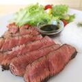 料理メニュー写真北海道産ヒレ肉200gを使用したステーキプレート