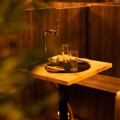 女子会や合コンにも最適な少人数様向け個室席は程よい広さで快適にお過ごしいただけるお席となっております。特別な日のご利用に絶品料理やお酒にて精一杯おもてなしさせていただきます!