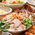 新宿でお鍋を食べるならなら当店へ♪お得なコースと、大満足の食べ放題、豊富な飲み放題など多数プランをご用意しております♪