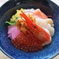 料理メニュー写真北海道産いくら・ホタテ・ヒラメ・エビ・ウニ・サーモン 海鮮丼