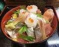 料理長特製海鮮丼です。お料理等ご相談に応じますのでお気軽にお問合せください!