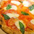 料理メニュー写真フレッシュトマトのピッツァ マルゲリータ