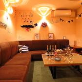 カラオケ付きの完全個室は2~10名様ご利用可能。かなりお問合せが多い席ですのでお早目のご予約がオススメです。※個室限定プラン以外でご利用の場合はルームチャージお一人様500円頂戴しております。