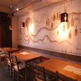 横並びのテーブル席は最大16名様まで★歓送迎会始め会社宴会やママ会に◎