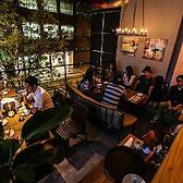 2階半個室のテラス席は海外を思わせる、風通しのいいテラスです♪ソファーでゆったり宴会や女子会、誕生日会、歓送迎会を!