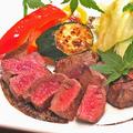 料理メニュー写真黒毛和牛うで肉のステーキ