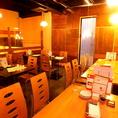 ロフトになった、4名様×5卓、6名様×2卓のテーブル席は、最大30名様までOK。。【岡山/岡山駅/バル/女子会/飲み放題/個室/宴会/魚/肉/ワイン/千屋牛/誕生日/記念日】