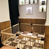 個室は「要予約」でチャイルドゲートを設置可能です!普段はテーブル席の場所に「お子様の遊び場」が!!ご利用の際は貸切となりますので、大人様8名様以上でのご利用をお願い致します。